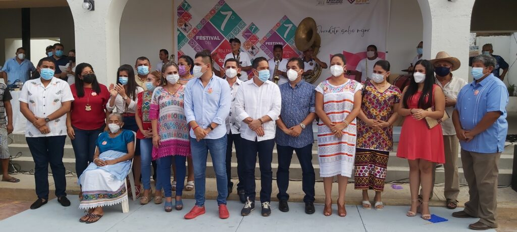 Vuelve el festival de relleno de cuche en Tecpan